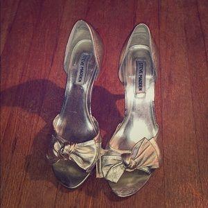 Gold peep toe Steve Madden heels